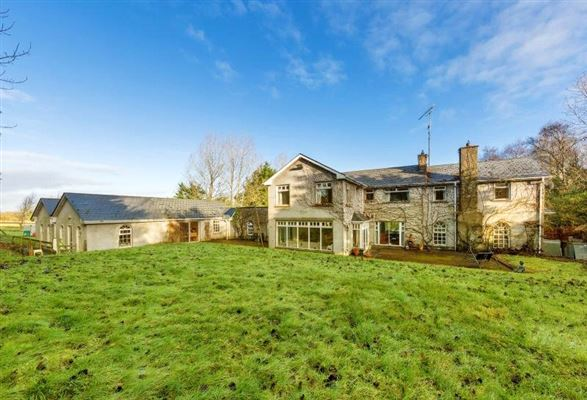 Deanhill ireland luxury homes mansions for sale for Luxury homes for sale ireland