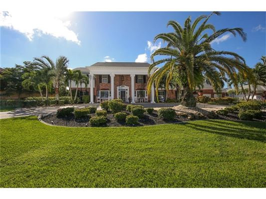Plantation style homes for sale in florida