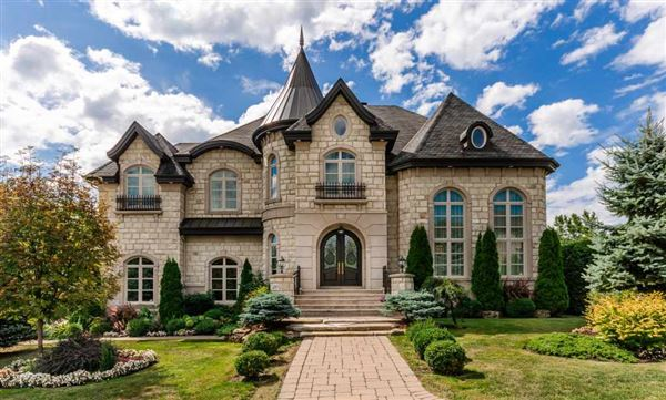LUXURIOUS STONE WATERFRONT RESIDENCE   Quebec Luxury Homes ... on home mansion sale canada, luxury mountain homes, luxury mansions in montreal canada, luxury homes in canada, celine dion mansion in canada, notre dame canada, windsor canada,