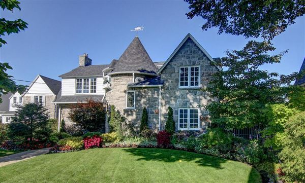 Landscaped Homes beautiful home exquisitely landscaped | quebec luxury homes