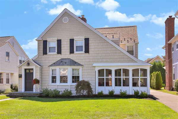 Classic Sea Girter New Jersey Luxury Homes Mansions