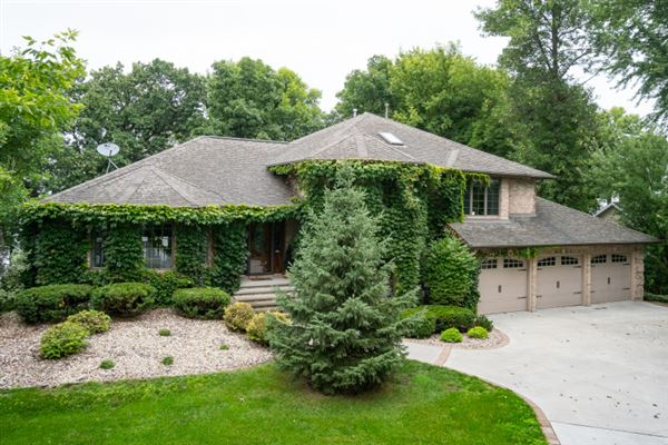 Wisconsin Luxury Homes and Wisconsin Luxury Real Estate | Property ...