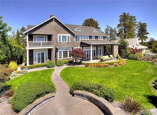 Custom cape cod style waterfront home washington luxury for Cape cod waterfront homes for sale