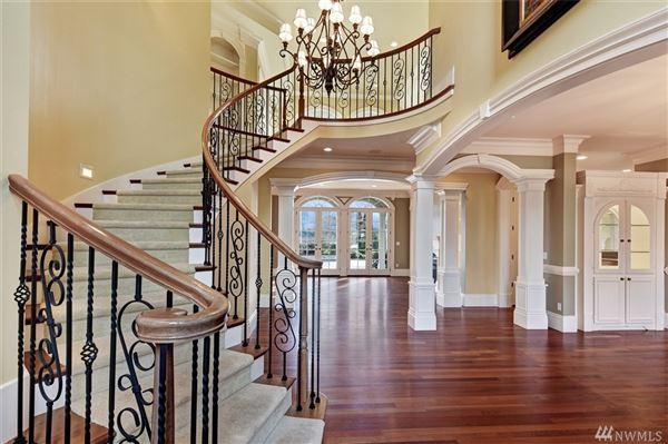 CAPTIVATING HOME ON EAGLEMONT GOLF COURSE | Washington Luxury ...