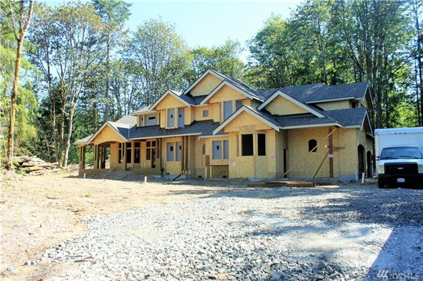 Luxury Real Estate Homes Coveted Lake Of The Woods Neighborhood