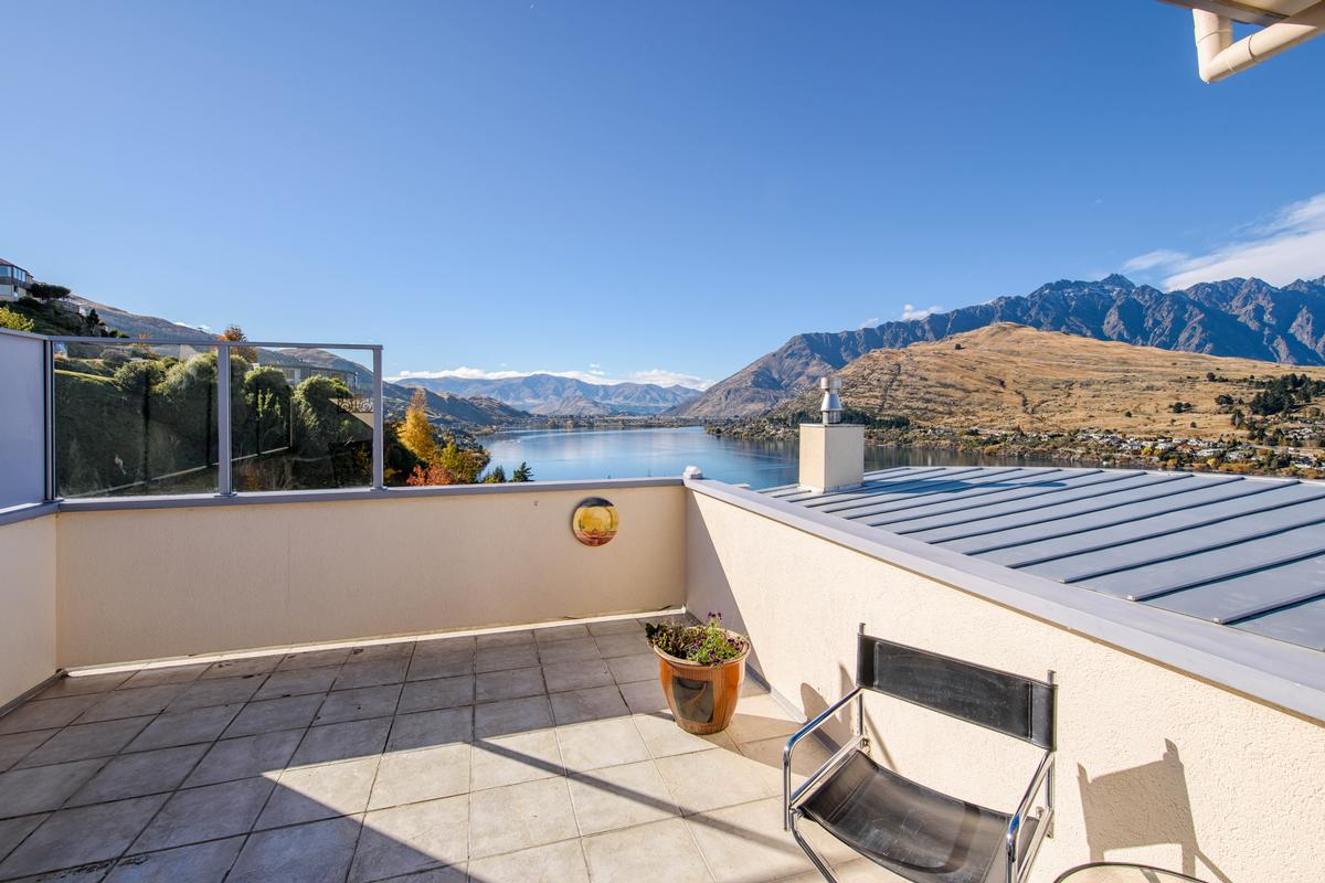 Exquisite residence new zealand luxury homes mansions for 5 the terrace queenstown