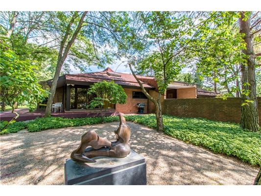 SPECTACULAR MID-CENTURY MODERN HOME | Michigan Luxury Homes ...