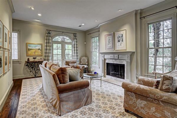 Luxury Real Estate. Luxury Homes Gracious Living In This New Orleans Style  Home Part 87