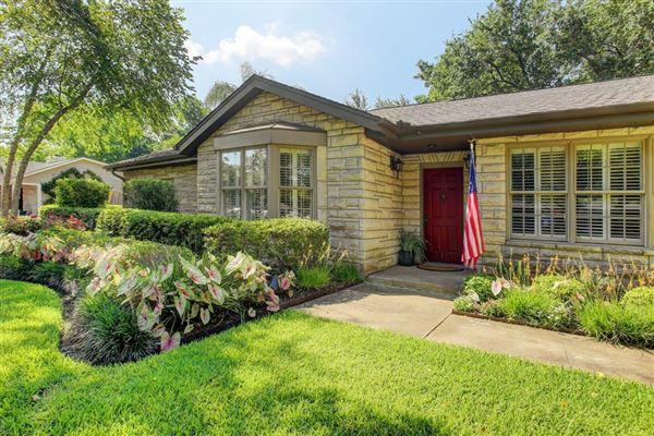 PRESTIGIOUS BRAEBURN COUNTRY CLUB ESTATES   Texas Luxury Homes ...