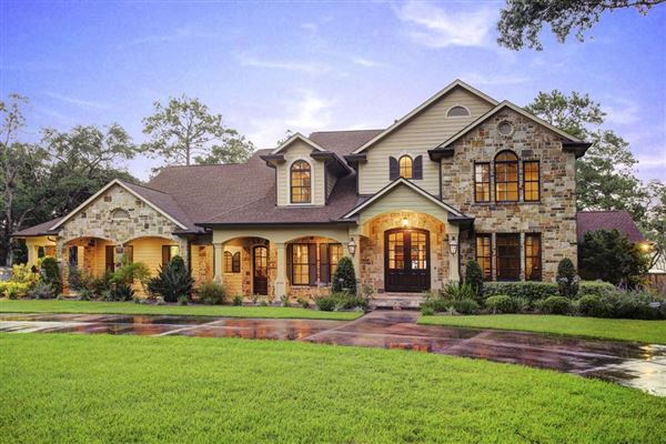 Inviting Texas Hill Country Style Home Texas Luxury