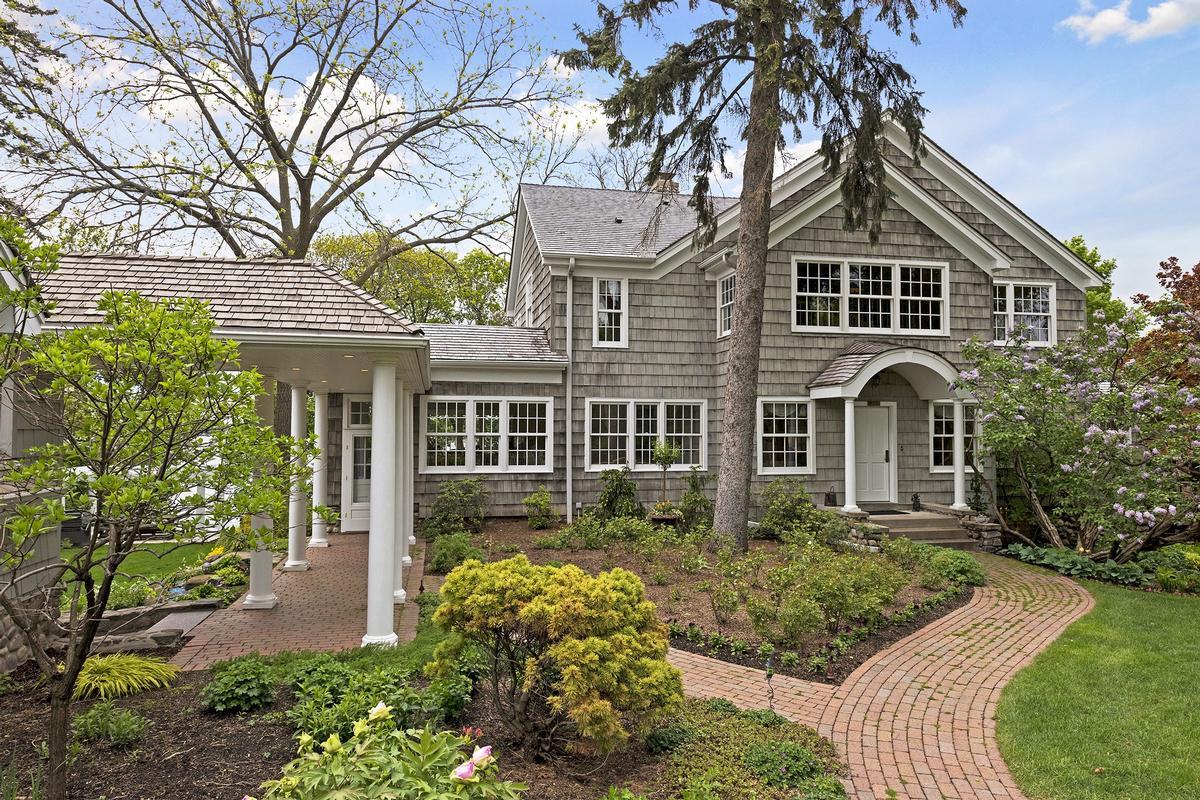 Gideons bay lake home minnesota luxury homes mansions for Minnesota mansions for sale