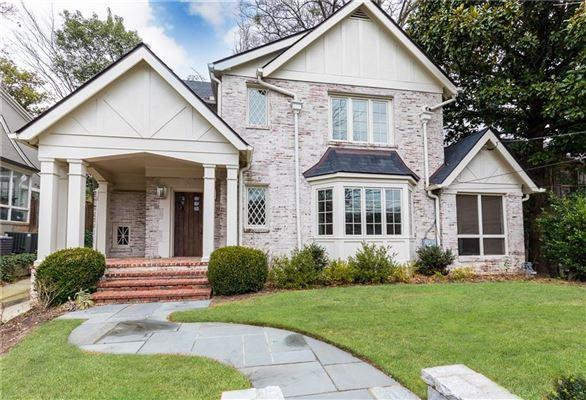 AN ELEGANT HOUSE IN ATLANTA | Georgia Luxury Homes | Mansions For Sale |  Luxury Portfolio