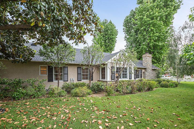 meadow grove singles Buda is mostly suburban with single family homes that are mostly medium sized   elm grove, garlic creek, green meadows, hays country oaks, meadow park, .
