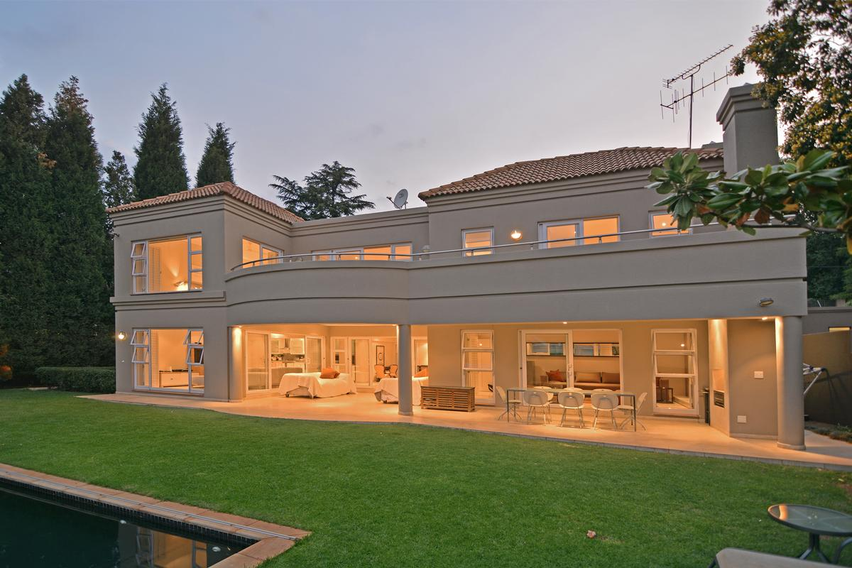 Cluster Living In The Heart Of Hyde Park South Africa Luxury On Homes For