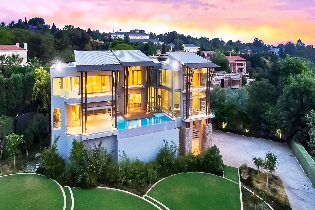 South africa luxury homes and south africa luxury real for Upscale homes