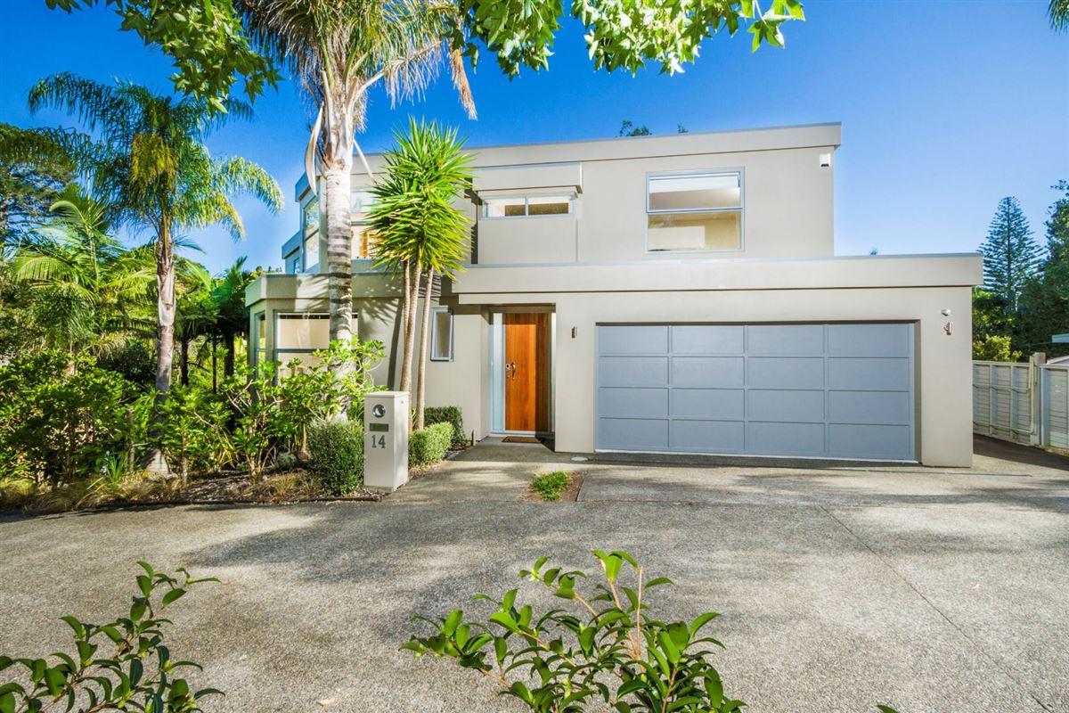 14 Kahikatea Close, Campbells Bay, Auckland - NZL (photo 2)