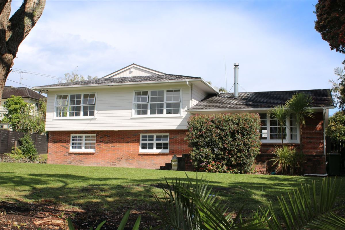 16 Wairere Road, Torbay, Auckland - NZL (photo 2)