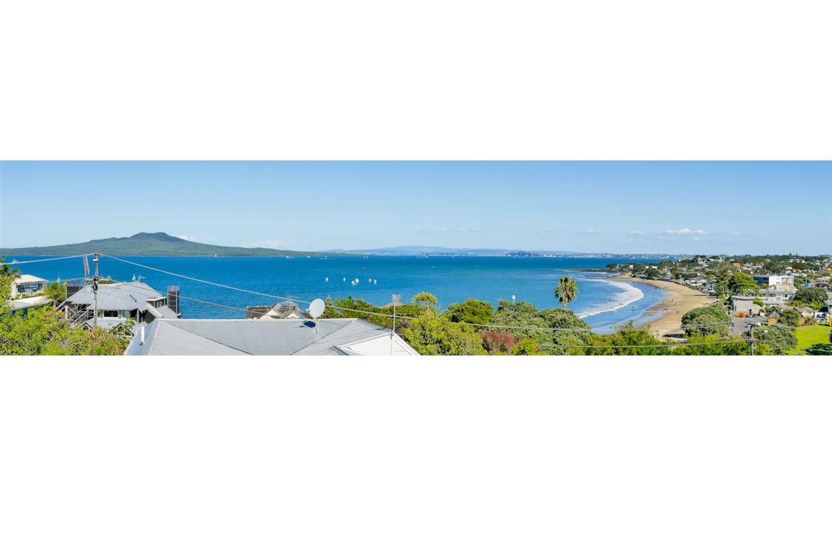 20b & 20a Beach Road, Castor Bay, Auckland - NZL (photo 2)