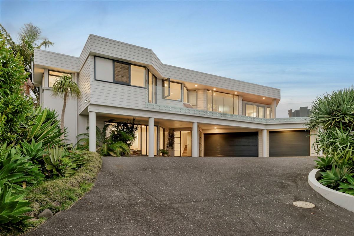 210 Sandspit Road, Shelly Park, Auckland - NZL (photo 1)