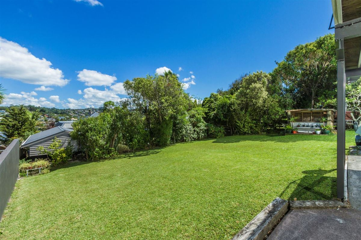 2/22 Gulf View Road, Murrays Bay, Auckland - NZL (photo 3)