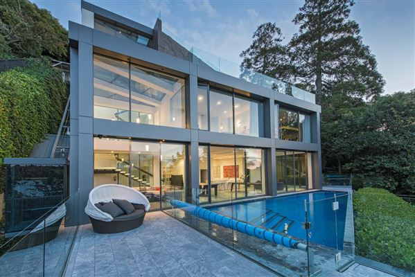 new zealand luxury homes and new zealand luxury real estate