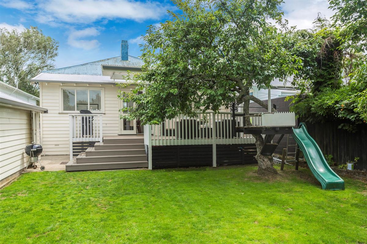 31 Rocklands Avenue, Mt Eden, Auckland - NZL (photo 2)