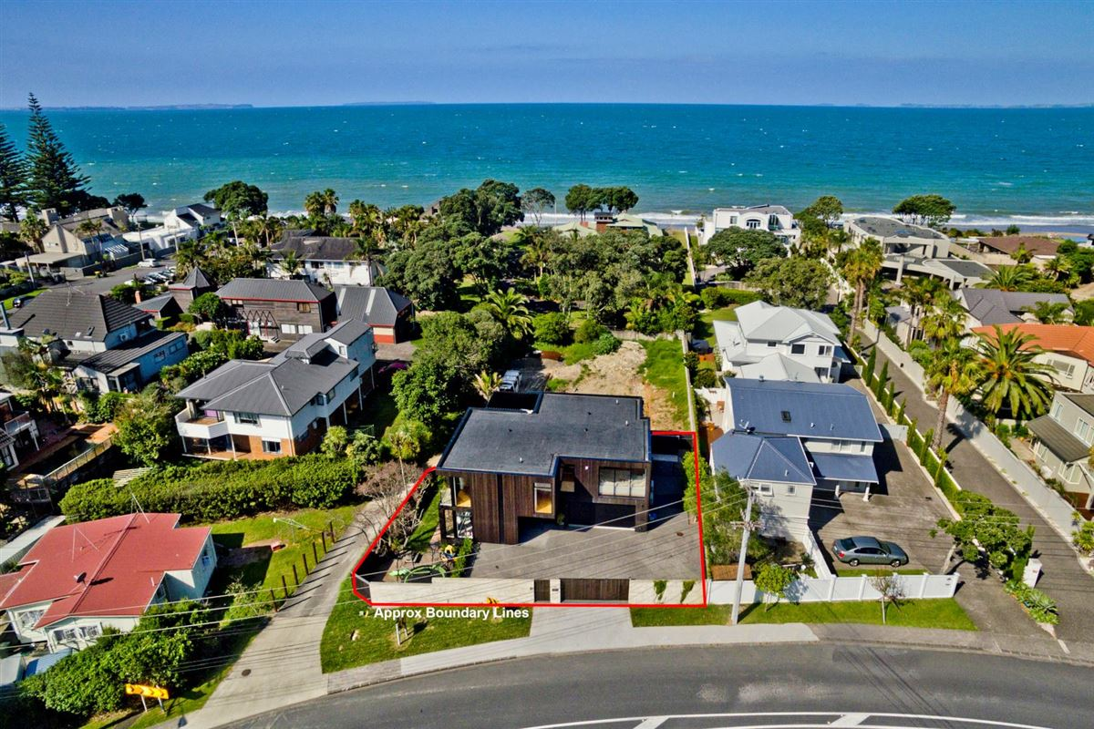 317 Beach Road, Campbells Bay, Auckland - NZL (photo 2)