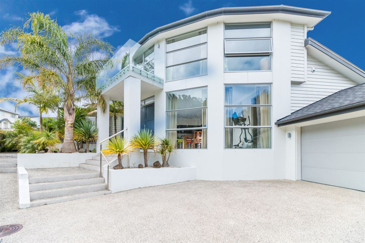 41 Packspur Drive, Flat Bush, Auckland - NZL (photo 2)