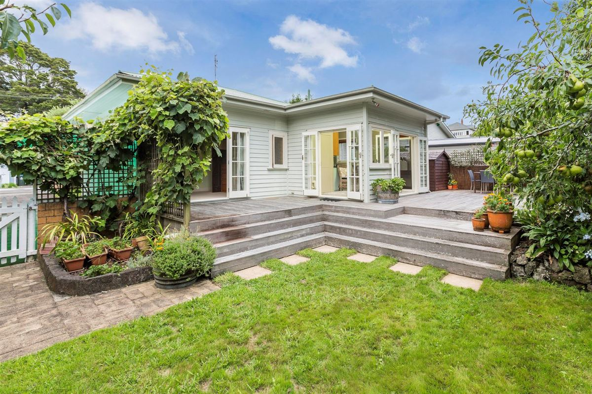 5 Garry Road, Mt Eden, Auckland - NZL (photo 3)