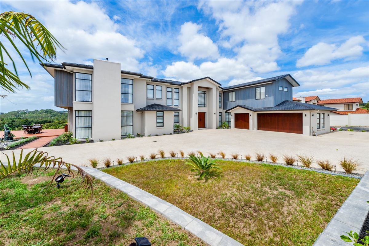 82 Chateau Rise, Flat Bush, Auckland - NZL (photo 2)