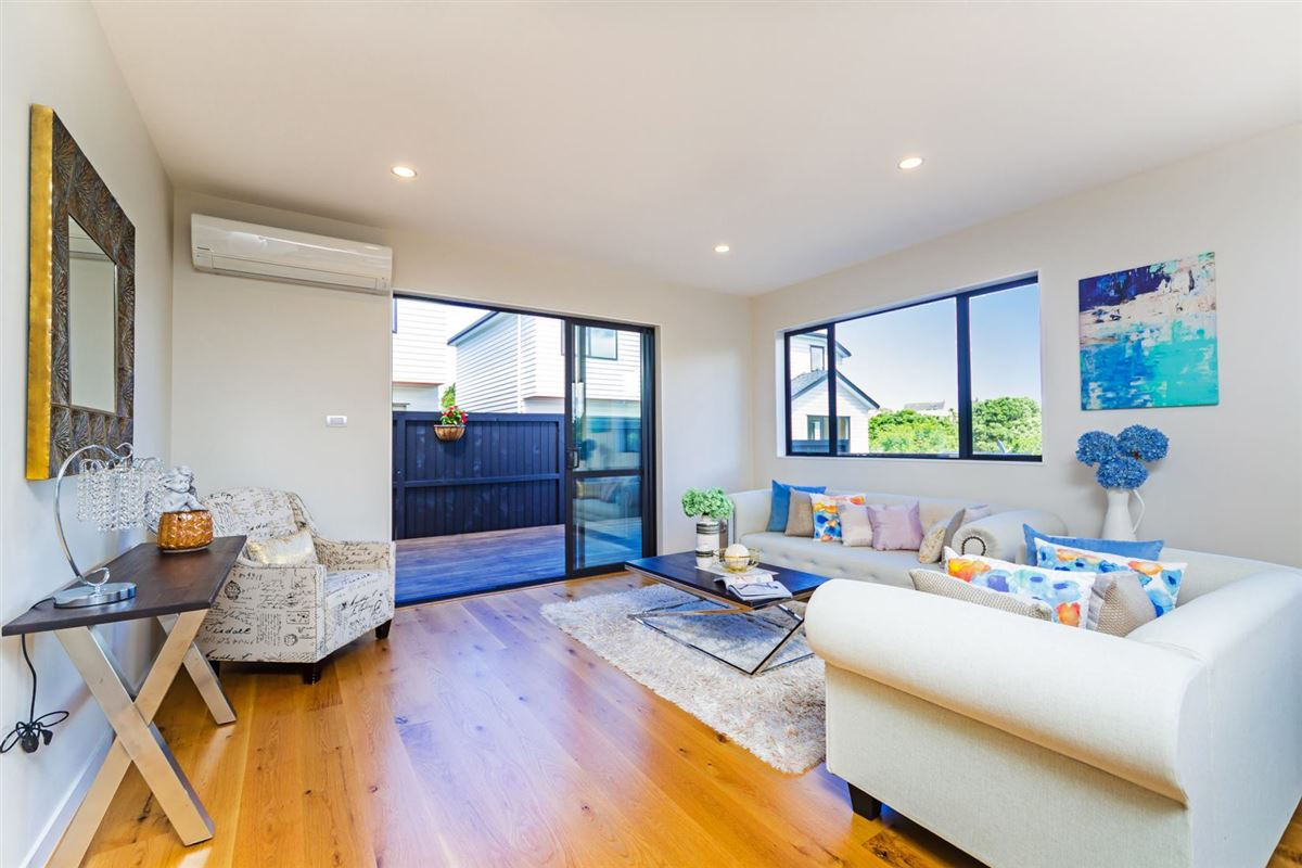 8a Roskill Way, Three Kings, Auckland - NZL (photo 5)