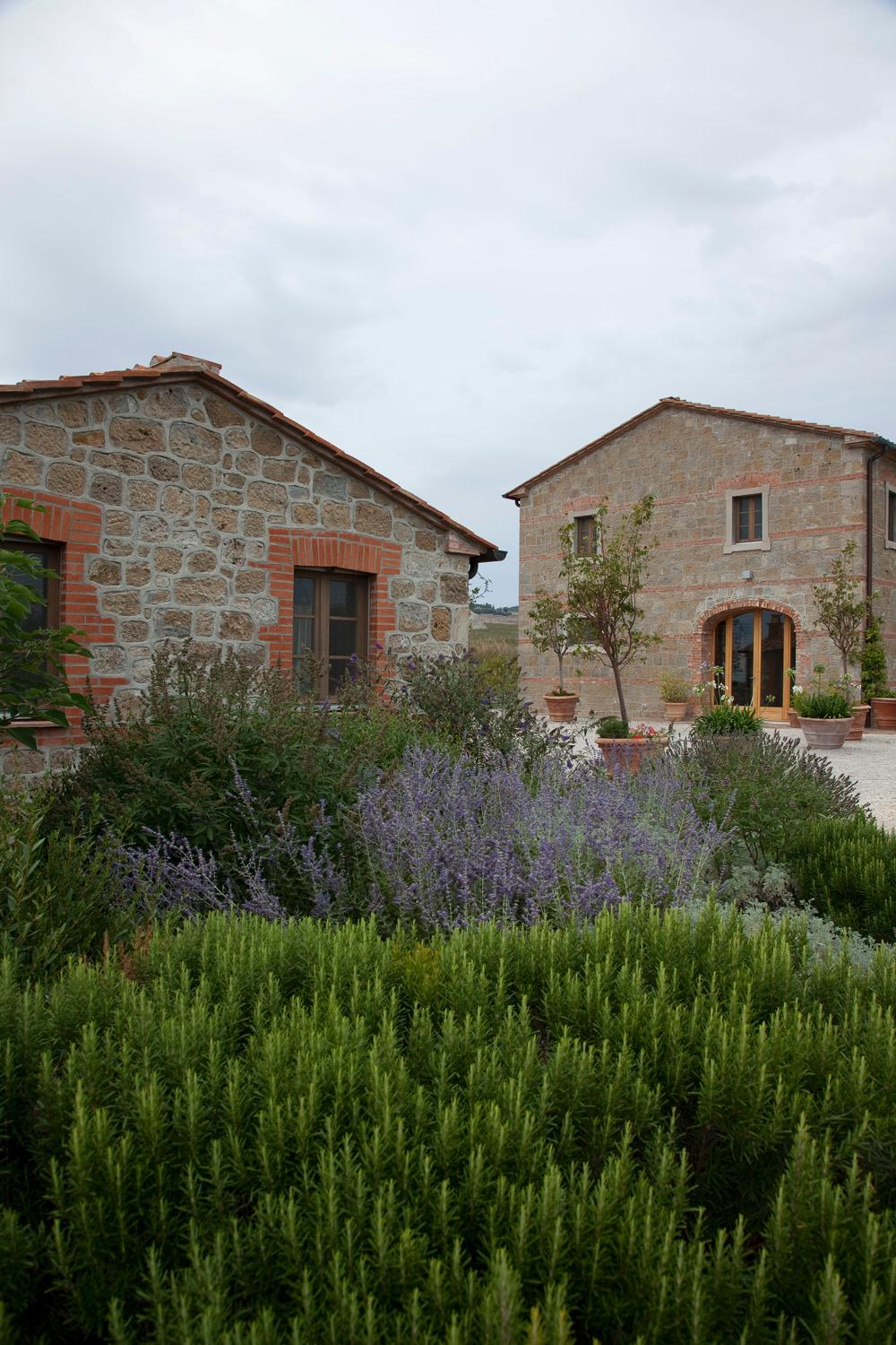 Luxury farmhouse in tuscany italy luxury homes for Luxury farmhouses