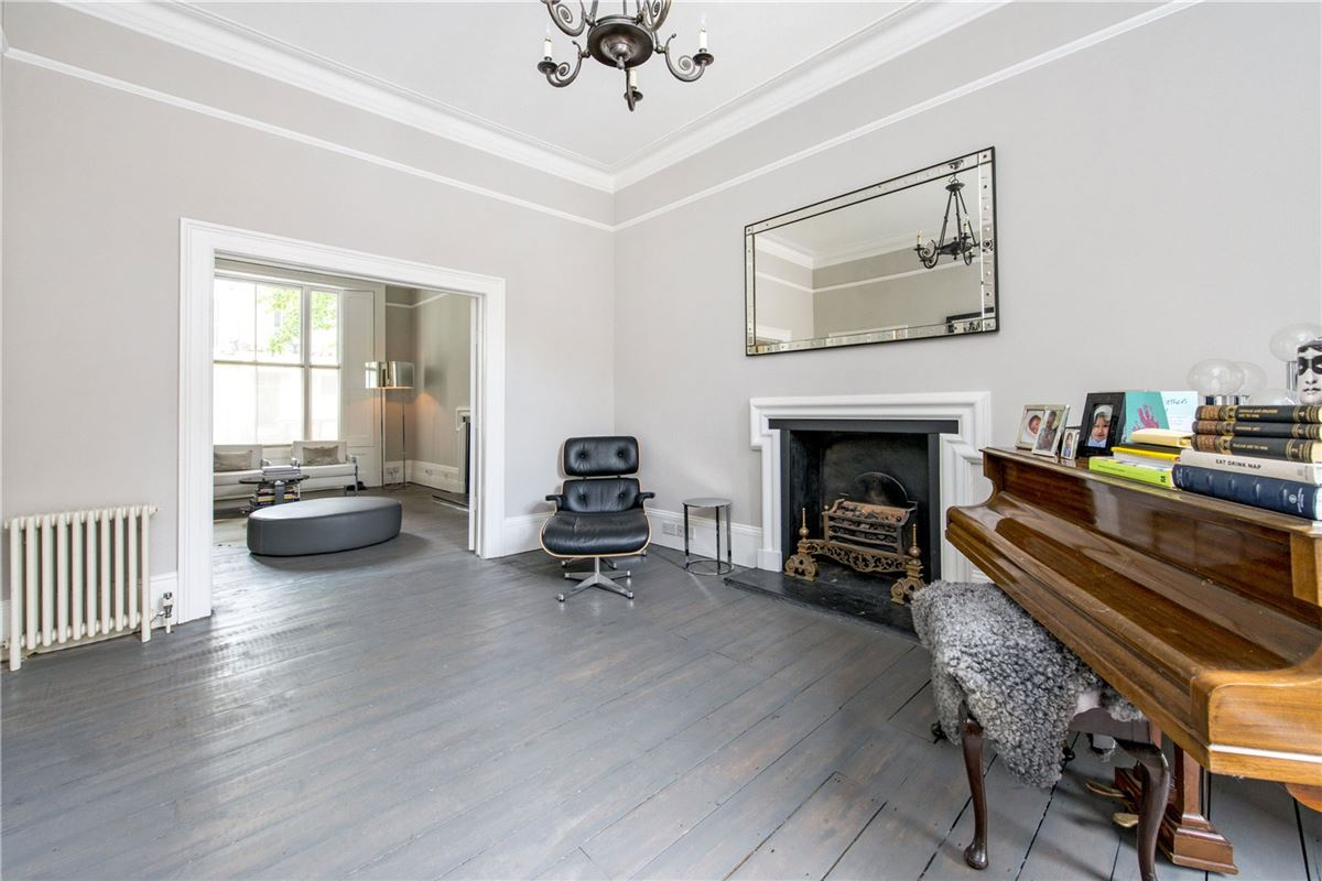 Westbourne Park Road, Notting Hill - GBR (photo 4)