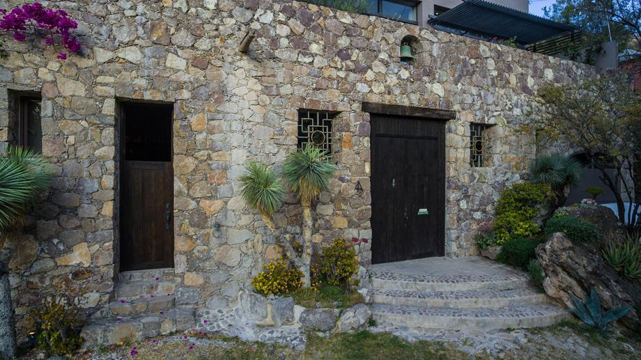 4 Privada Cañadita De Los Aguacates, San Miguel De Allende - MEX (photo 2)