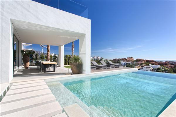 NEWLY BUILT CONTEMPORARY QUALITY VILLA | Spain Luxury Homes | Mansions For  Sale | Luxury Portfolio