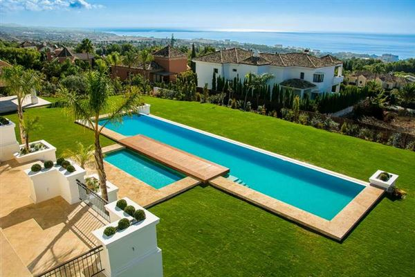 SPECTACULAR CONTEMPORARY-STYLE MANSION | Spain Luxury Homes ...