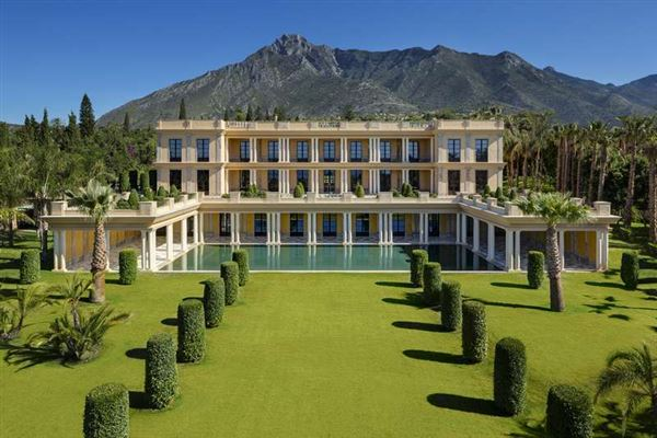 Spain luxury homes and spain luxury real estate property - Luxury homes marbella ...