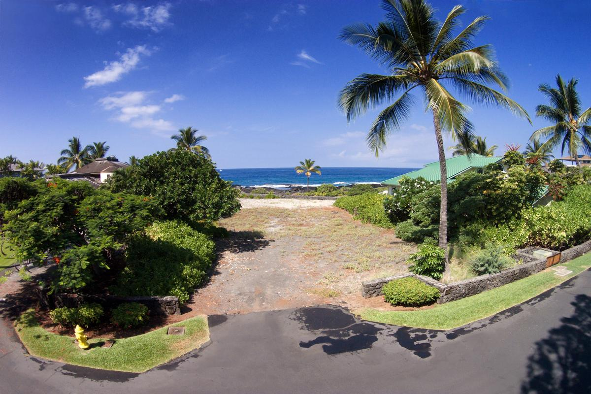 Kona Bay Oceanfront Lot