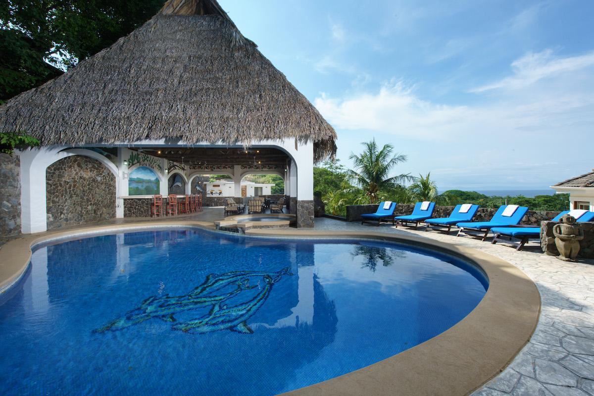 Pura vida villa costa rica luxury homes mansions for for Costa rica luxury homes for sale