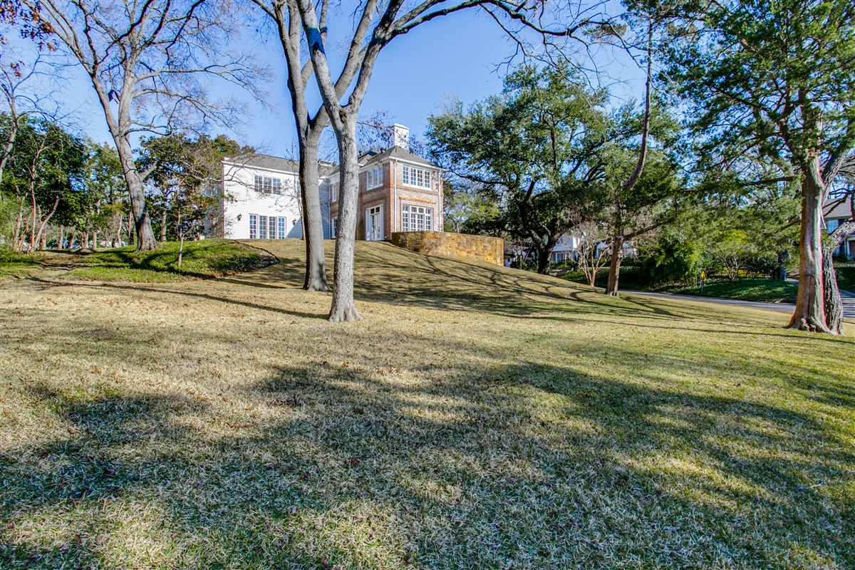 3925 Stonebridge Drive, Dallas, TX - USA (photo 3)