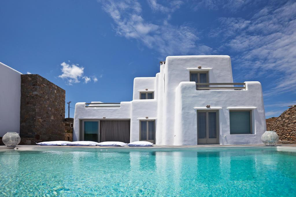 Rental Villa With Pool In Mykonos Greece Luxury Homes Mansions For Sale Luxury Portfolio
