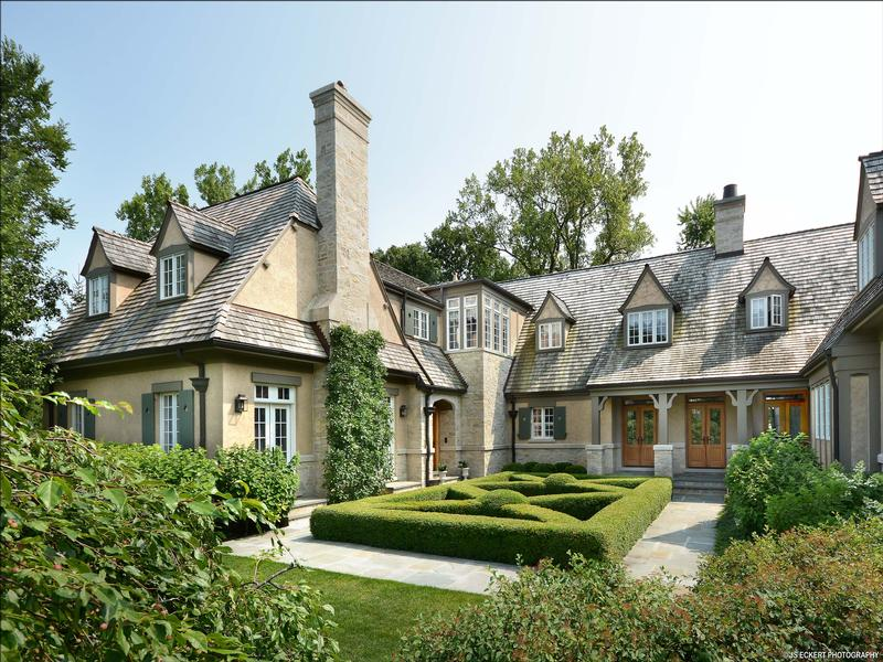 Classic english country home illinois luxury homes for Classic luxury homes