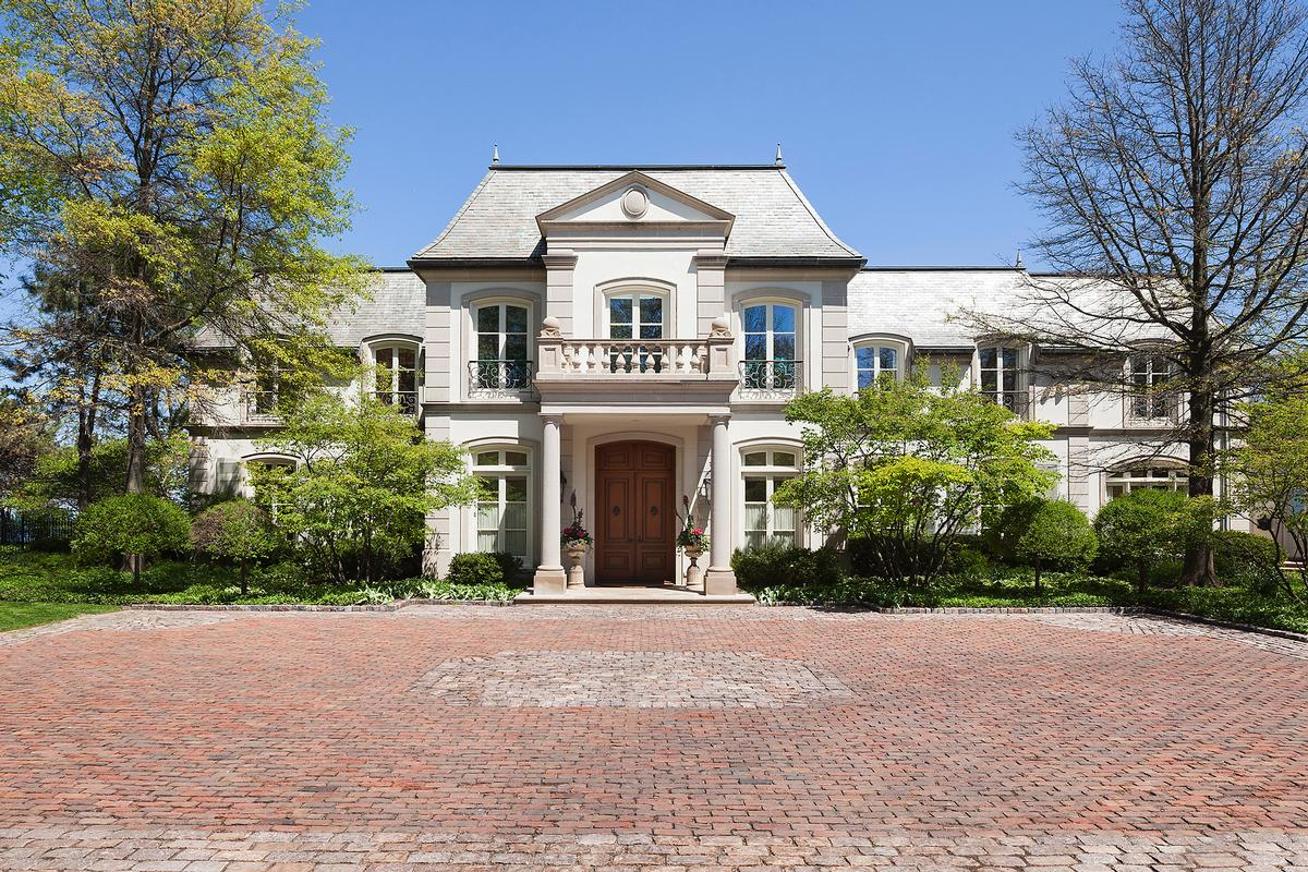 Glencoe french chateau style mansion illinois luxury for Mansions for sale in chicago