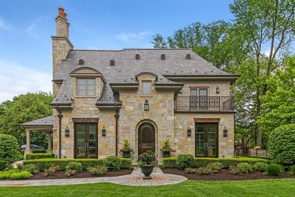 LUXURIOUS FRENCH CHATEAU STYLE HOME | Illinois Luxury Homes | Mansions For  Sale | Luxury Portfolio