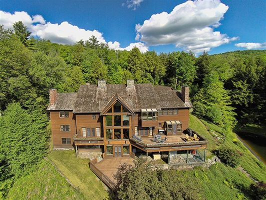 Nine hearths vermont luxury homes mansions for sale for Home builders in vermont