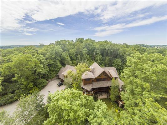 South Central Wisconsin Luxury Homes And South Central Wisconsin - Luxury homes in wisconsin