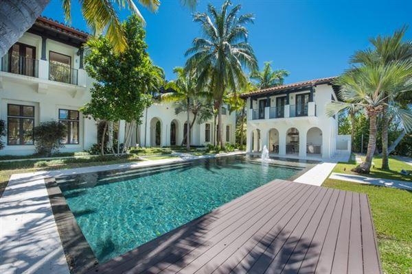 SPECTACULAR MIAMI BEACH MODERN MEDITERRANEAN Florida Luxury Homes