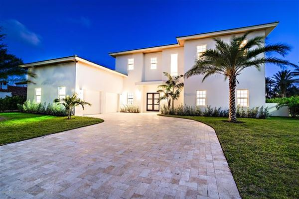 BEAUTIFUL NEW TROPICAL OASIS | Florida Luxury Homes | Mansions For Sale |  Luxury Portfolio