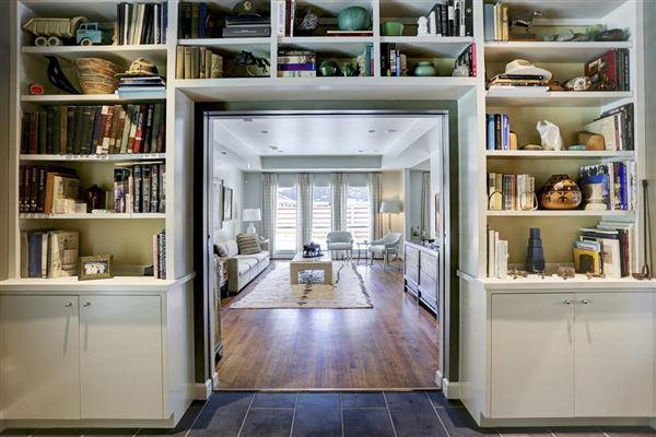 mid-century modern jewel box in houston | texas luxury homes
