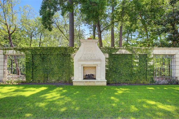 Charming Luxury Homes For Sale. Luxury Real Estate Photo